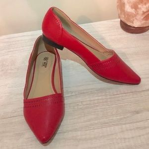 Cushion Walk by Avon - Red Pointed Flats